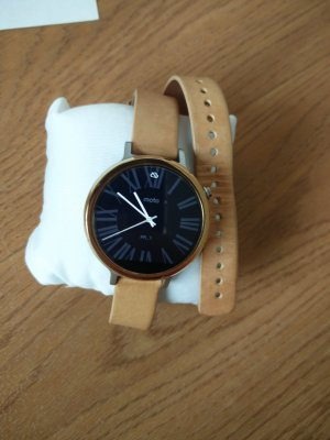 Moto Watch With Leather Strap nude
