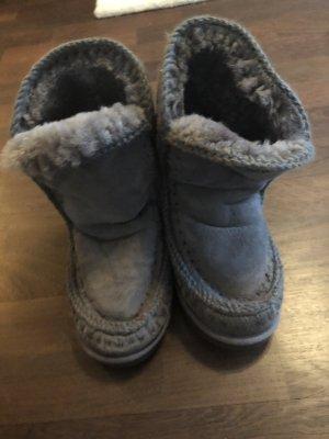 MOU Boots grau