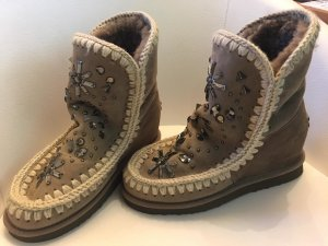 MOU Boots mit Glassteinen und Metallperlen
