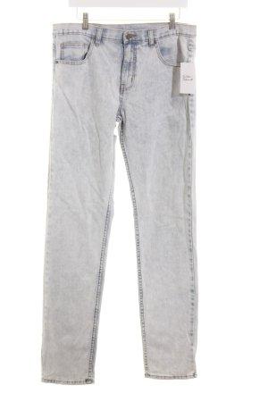 MTWTFSSWEEKDAY High Waist Jeans hellblau Batikmuster Street-Fashion-Look