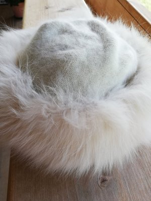 Fur Hat cream synthetic fibre