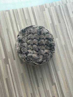 Cappello in pelliccia grigio chiaro-marrone scuro Pelliccia ecologica