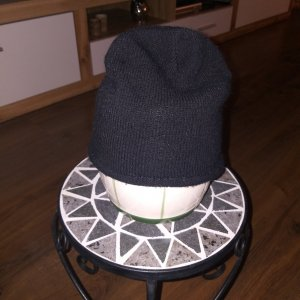 Sombrero de punto negro