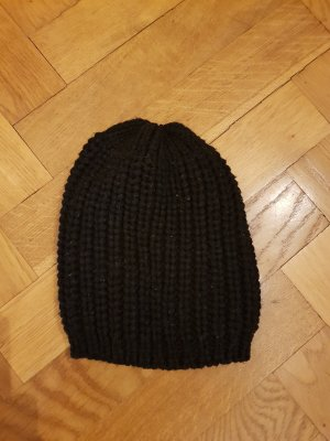 Crochet Cap black