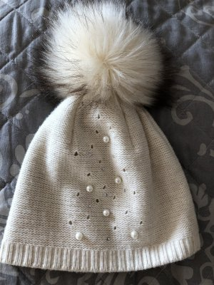 Knitted Hat black-cream