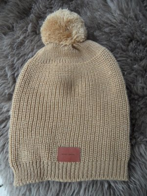 Bobble Hat sand brown mixture fibre