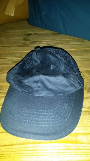 Mütze dunkel blau ....