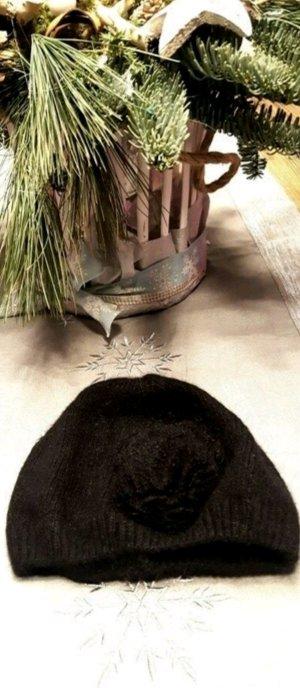 Mütze, Feinstrick, kuschelweich, Blütenapplikation