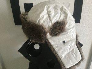 Mütze Fliegermütze weiß braun mit Fell Imitat und Lack Beschichtung