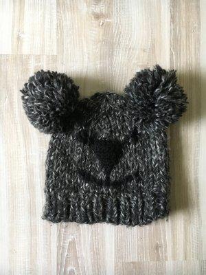 Mütze mit Bärchengesicht