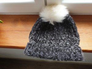 Sombrero de punto blanco-negro