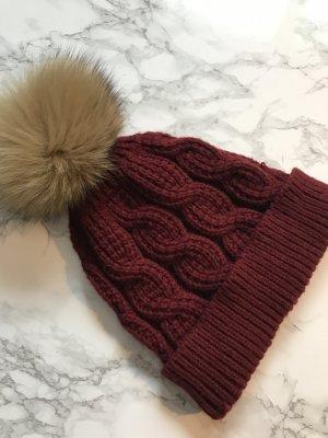 Sombrero de piel rojo oscuro-color oro