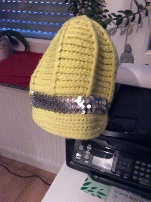 Claires Knitted Hat meadow green