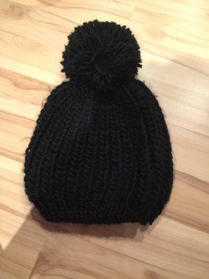 Review Sombrero de punto negro