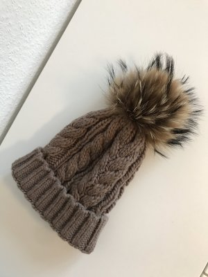 Knitted Hat grey brown