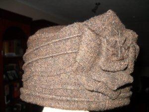 Cap brown-black wool