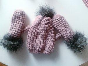 Mütze und Handschuhe- Set in rosa von Orsay