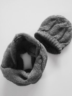 Drykorn Knitted Hat grey wool
