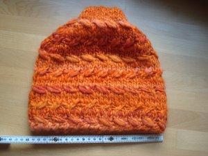 Mütze und Schal handgestrickt