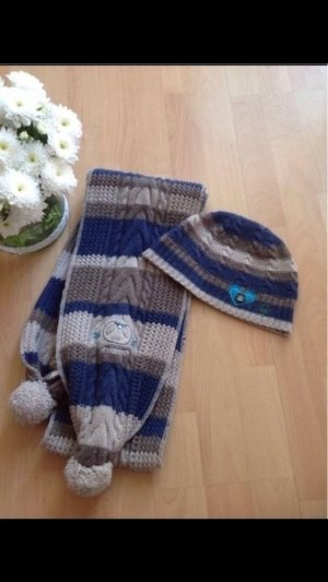 Mütze und Schal von Adelheid