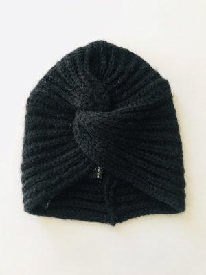 Mütze von Zara, schwarz