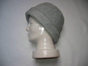 Esprit Cappello in tessuto grigio chiaro