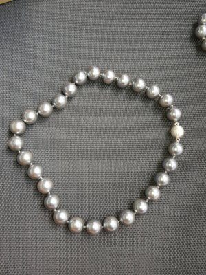 Pfeffinger Pearl Necklace light grey