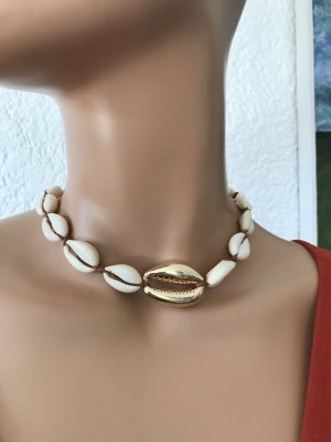Shell Necklace white-gold-colored