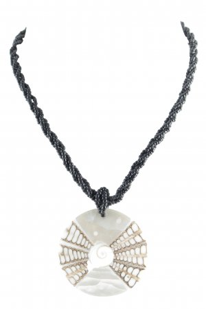 Shell Necklace black-cream Gypsy style