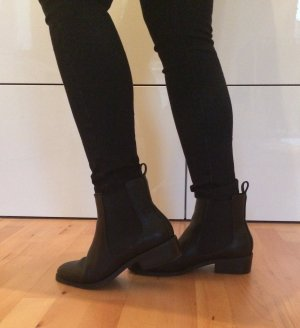 Must Have! Chelsea Boots fast wie neu!!