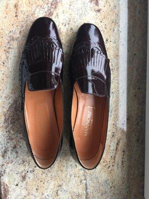 Must-have: Mannori Slipper in bordeaux