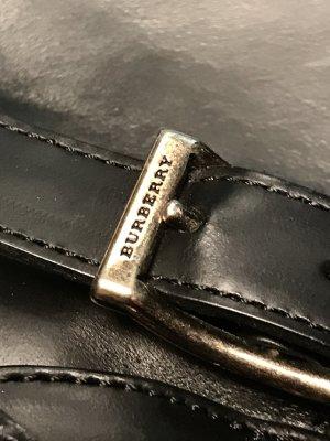 Must have ...Schwarze Lederstiefel von Burberry !