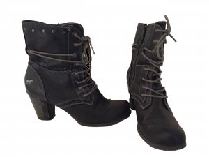 Mustang Boots Schuhe Stiefeletten