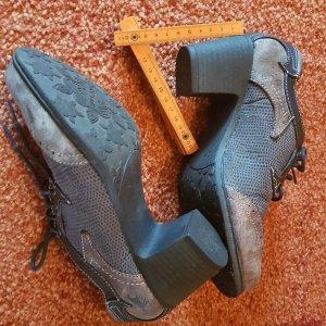 Mustang Chaussure à talons carrés gris-bronze
