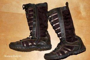 Mustang Shoes Stivale stringato marrone Pelle