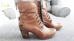 Mustang Bottines à lacets cognac