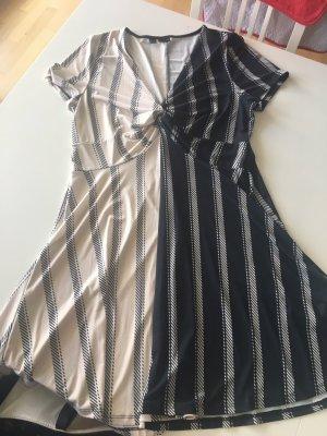 Musterblocking Kleid Hell & Dunkel