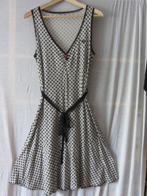 #My Vichy Dress von #Vive Maria, schwarz weiß #kariert, #V-Neck