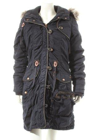 Mymo Parka dunkelblau-braun Street-Fashion-Look
