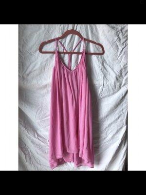 NA-KD Falten Kleid Pink