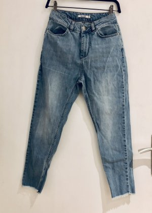 NA-KD Carrot Jeans azure