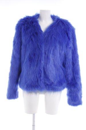 NA-KD Kunstfelljacke blau Street-Fashion-Look