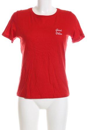 NA-KD T-Shirt rot Schriftzug gestickt Casual-Look