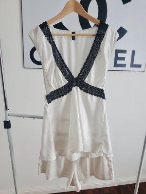 Pijama negro-blanco