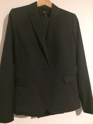 Nadelstreifenanzug von Mango Suit