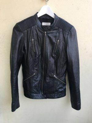 Naf Naf schwarze Lederjacke Echtleder Tailliert Größe XS 34