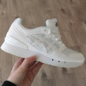 Nagel Neue Asics Sneaker