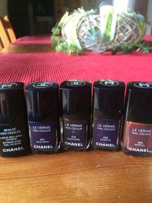 Nagellacke von Chanel, teilweise unbenutzt und noch mit Originalverpackungen