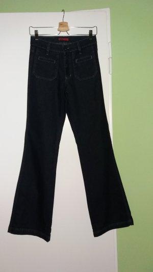 nagelneue Angels Jeans dunkelblau mit ausgestelltem Bein