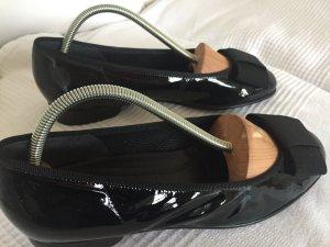 Nagelneue Ballerinas aus Lack von Gabor zu verkaufen